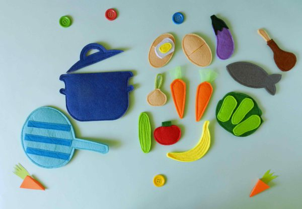 kids-play-food-set-with-felt-fruit-and-vegetables