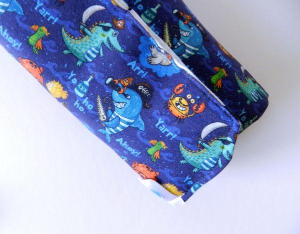 blue-cotton-close-car-wallet