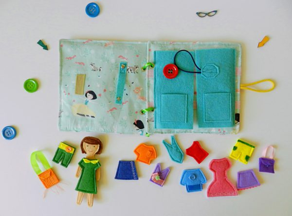 handmade-quiet-book-for-kids-with-felt-dress-up-dolls