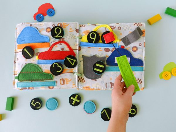 hand-catching-number-with-magnet-quiet-book-for-boy-with-cars