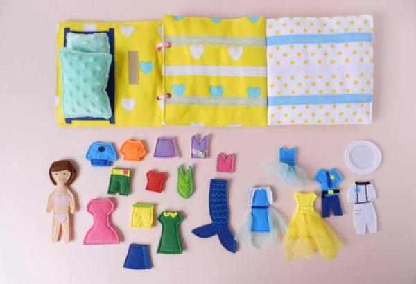 my-busy-books-with-felt-dress-up-dolls