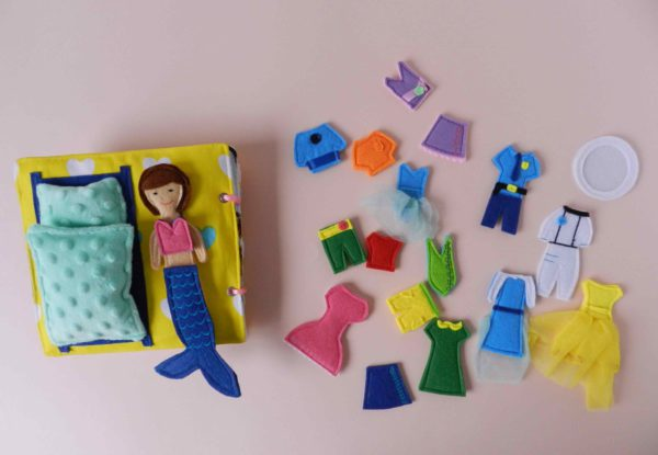 cloth-quiet-book-with-felt-paper-doll-with-clothes