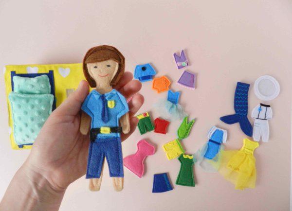 policewoman-my-felt-doll-busy-books-with-figurines